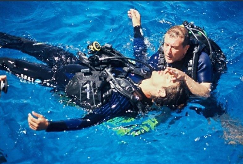 Curso de buceo PADI Rescue Diver Madrid Divers